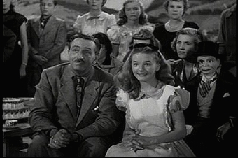 File:Walt disney one hour in wonderland.jpg