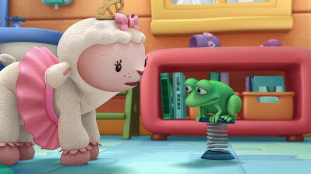 File:Lambie and pop up paulo3.jpg