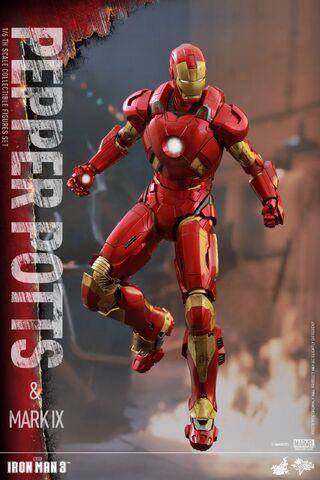 File:Iron Man Mark IX and Pepper Hot Toys 13.jpg