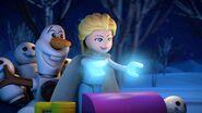 Frozen Lego shorts first look(2)