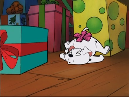File:Rolly Present Bow.jpg