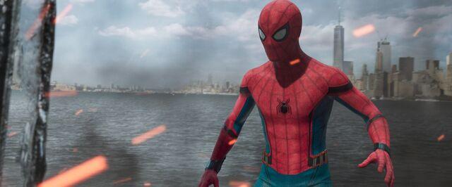 File:Spider-Man-Homecoming-70.jpg