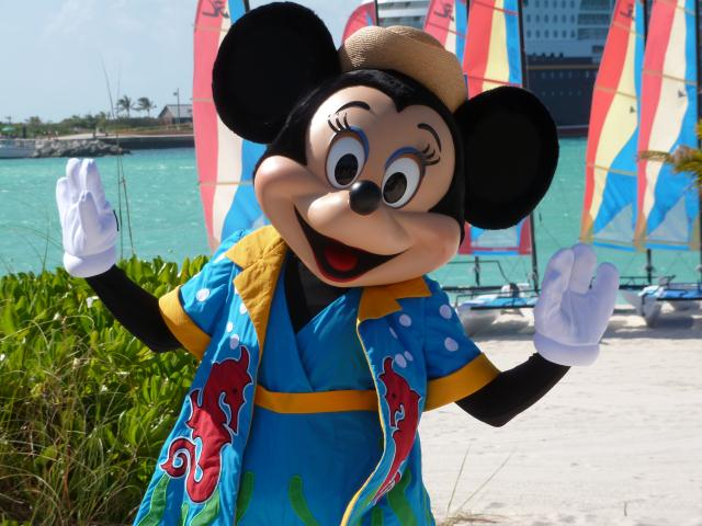 File:Minnie-Mouse-on-Castaway-Cay.jpg