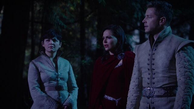 File:Once Upon a Time - 5x10 - Broken Heart - Snow Regina and Charming.jpg