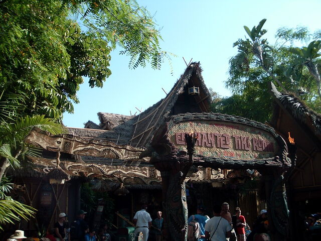 File:Walt Disney's Enchanted Tiki Room.JPG