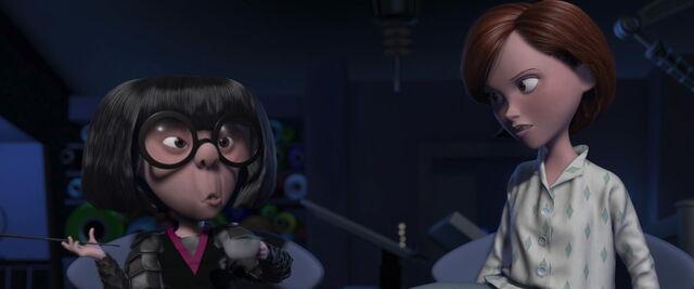 File:Incredibles-disneyscreencaps.com-6616.jpg