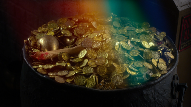 File:Muppets Most Wanted pot of gold 2.png