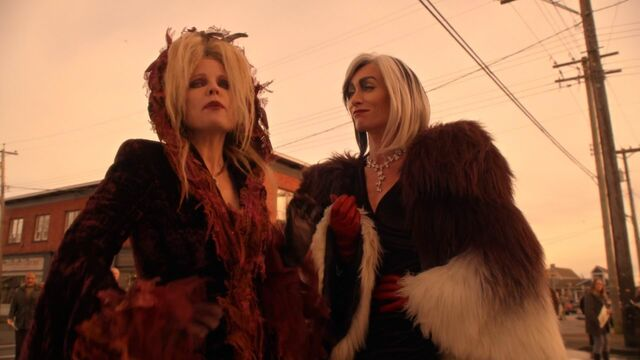 File:Once Upon a Time - 5x20 - Firebird - Blind Witch and Cruella 2.jpg