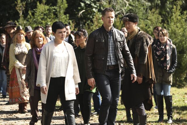 File:Once Upon a Time - 6x07 - Heartless - Photography - Snow and David.jpg
