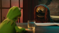 TheMuppets-S01E07-Kermit&Rowlf02