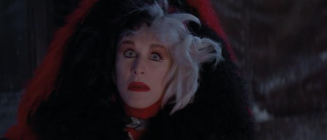 File:Cruella-De-Vil-1996-18.png