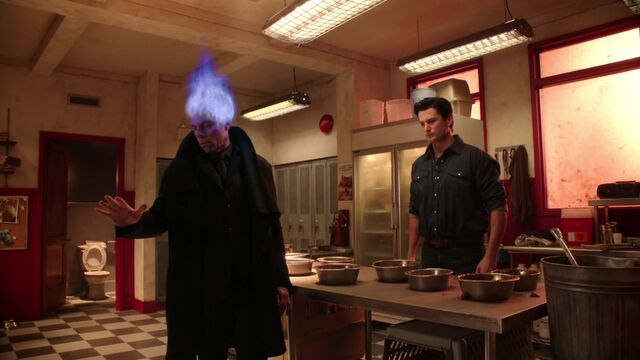 File:Once Upon a Time - 5x17 - Her Handsome Hero - Hades Fire Head.jpg