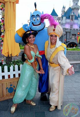 File:Genie Aladdin Jasmine.jpg