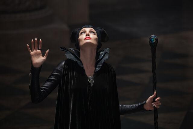File:Maleficent looks up.jpg