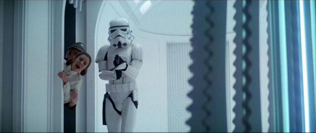 File:Stormtroopers in TESB 2.jpg
