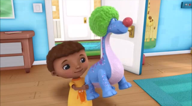 File:Donny playing with bronty.jpg