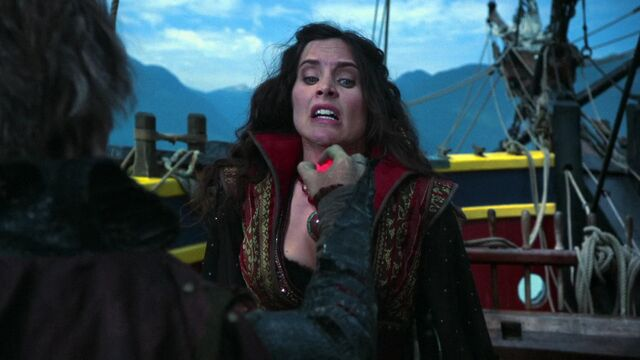 File:Once Upon a Time - 5x10 - Broken Heart - Milah Heart Crushed.jpg