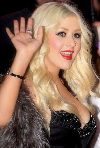 File:Christina Aguilera at the premiere of Burlesque (2010).jpg