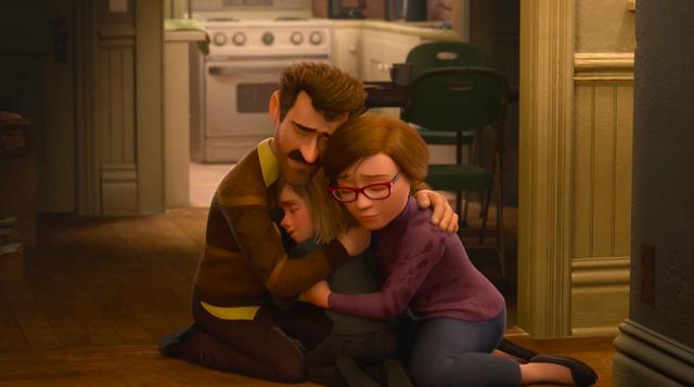 File:Inside-Out-Riley-parents-hugging.png