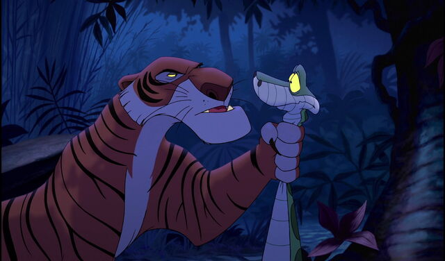 File:Shere Khan interrogating Kaa on Mowgli's whereabouts.jpg