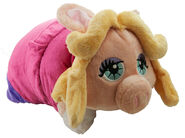 Disney 2014 pillow pet piggy