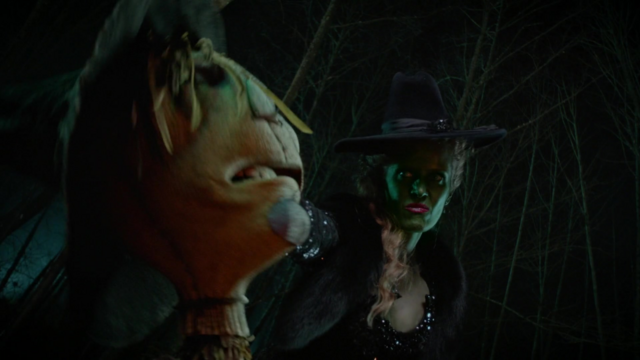 File:Once Upon a Time - 5x16 - Our Decay - Brain Snatch.png