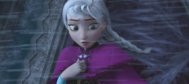 File:Frozen anna5.jpg