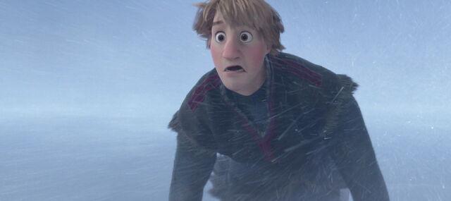 File:Frozen-disneyscreencaps.com-9947.jpg