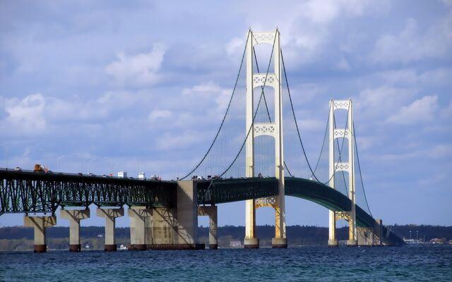 File:DTP+Mackinac+Bridge.jpg
