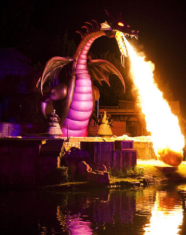 File:FantasmicDragon1-Disney.jpg