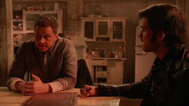 File:Once Upon a Time - 5x18 - Ruby Slippers - David Hook Talk.jpg
