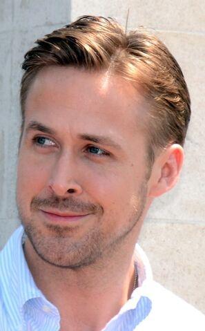 File:Ryan Gosling Cannes 2014.jpg