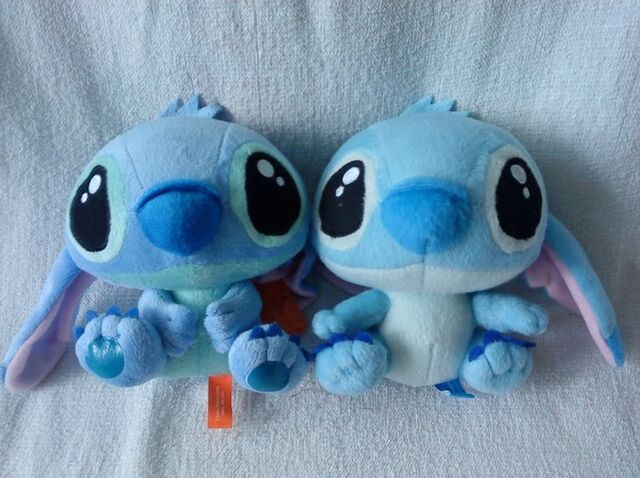 File:Baby Stitch Pair.jpg