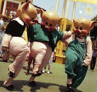 File:ThreeLittlePigs1959Disneyland.jpg