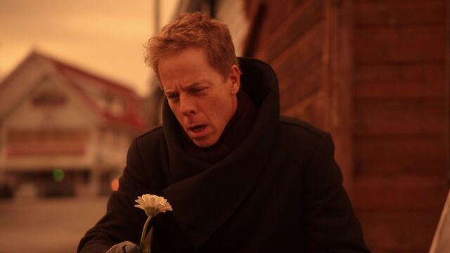 File:Once Upon a Time - 5x17 - Her Handsome Hero - Hades with Flower.jpg