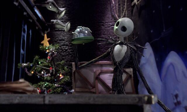 File:Nightmare-christmas-disneyscreencaps com-2810.jpg