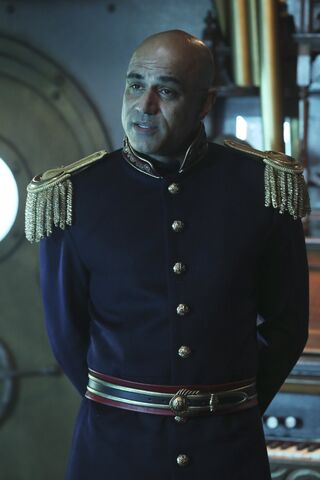 File:Once Upon a Time - 6x06 - Dark Waters - Photgraphy - Captain Nemo 3.jpg