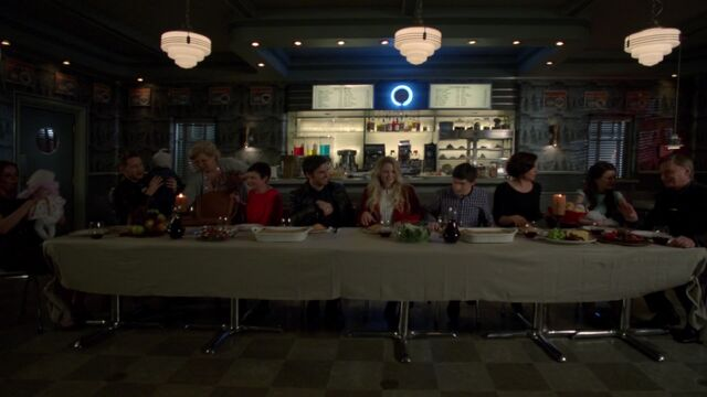 File:Once Upon a Time - 6x21 - The Final Battle Part 2 - Supper.jpg