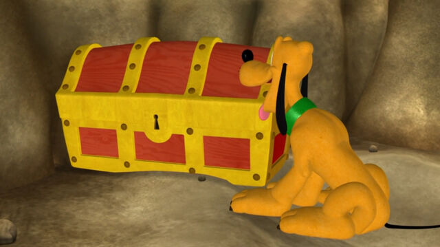 File:Pluto sees the treasure chest.jpg