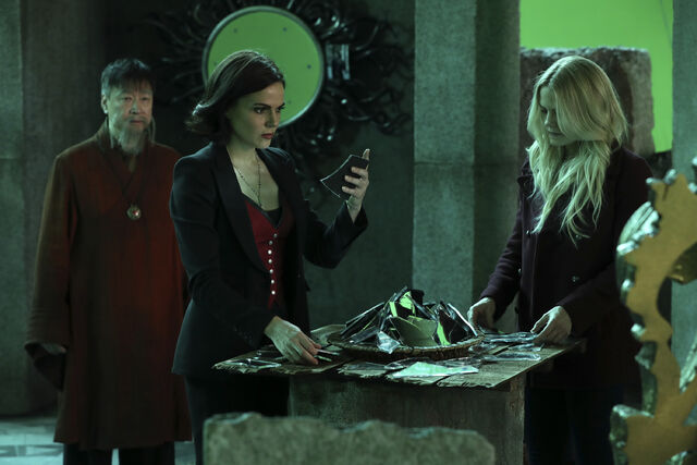 File:Once Upon a Time - 6x08 - I'll Be Your Mirror - Production Images - 4.jpg