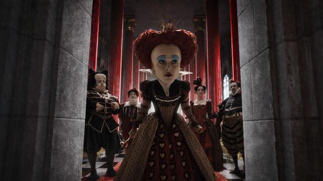 File:Tim Burtons Alice in Wonderland 10.jpg