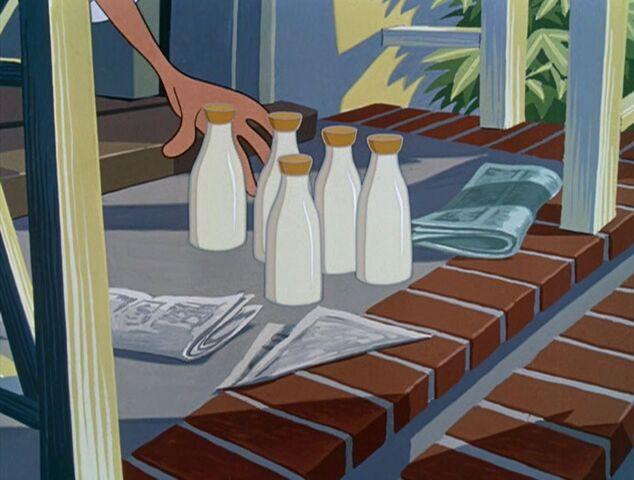 File:Bottles of milk on the steps.jpg