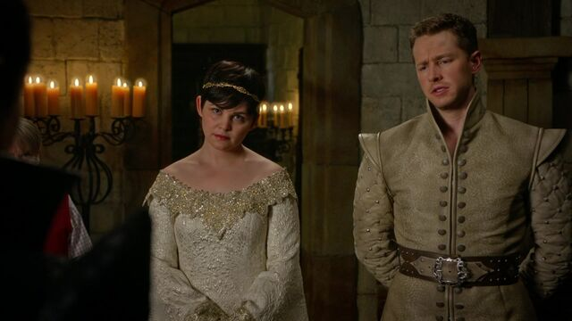 File:Once Upon a Time - 5x02 - The Price - Disapproval.jpg