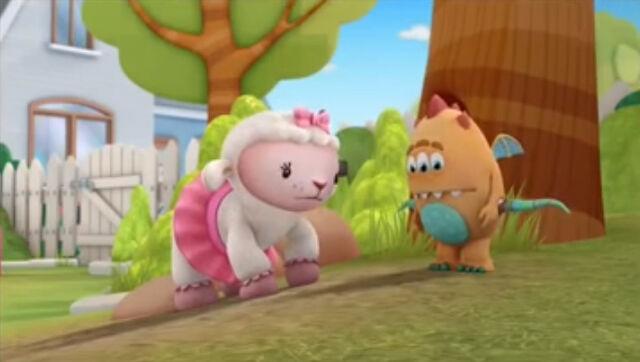 File:Lambie and charlie.jpg
