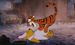 Winnie-the-pooh-disneyscreencaps.com-4015