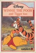 Winnie the Pooh ATT Paperback (Ladybird)