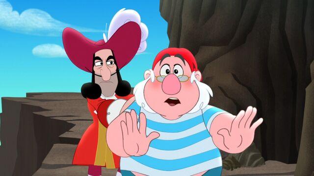File:Hook&Smee-Cookin' with Hook!.jpg