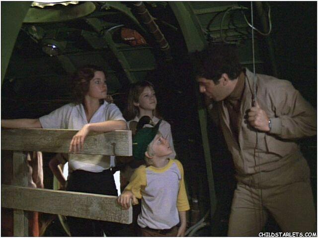 File:The last flight of noah's ark 30.jpg