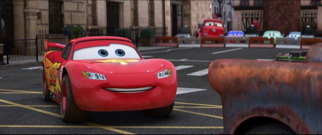 File:Cars2-disneyscreencaps.com-10425.jpg