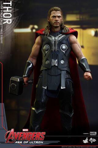 File:Thor AOU Hot Toys 10.jpg
